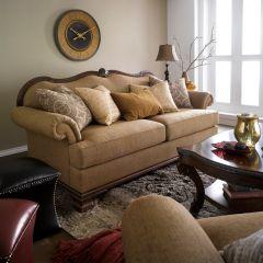Old World  Sofa   ~Very Fine Quality~