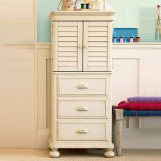Paula Deen Gals 233A011  Accessory Chest