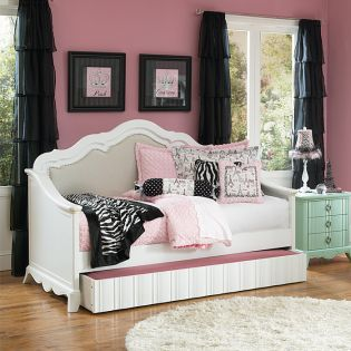 Y2194-69  Full Daybed