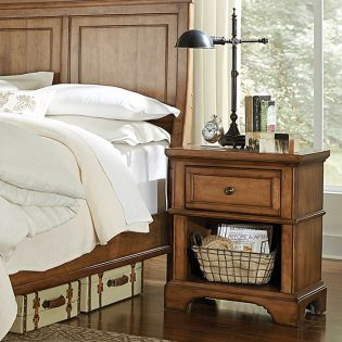 i09 Alder Creek  Nightstand