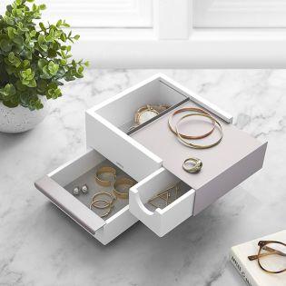 1005314-670   Mini Stowit Jwl Box WHT/NKL