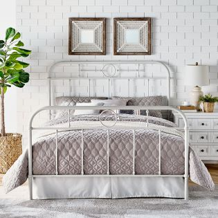 B4104-White  Metal Queen Bed
